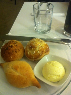 Bread rolls & butter