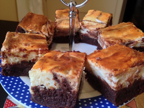 Chocolate cheesecake brownies