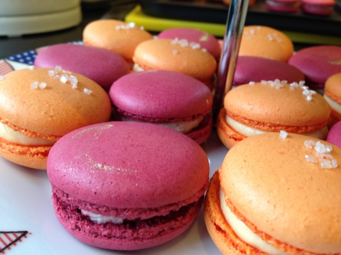 Mulled wine & clementine macarons